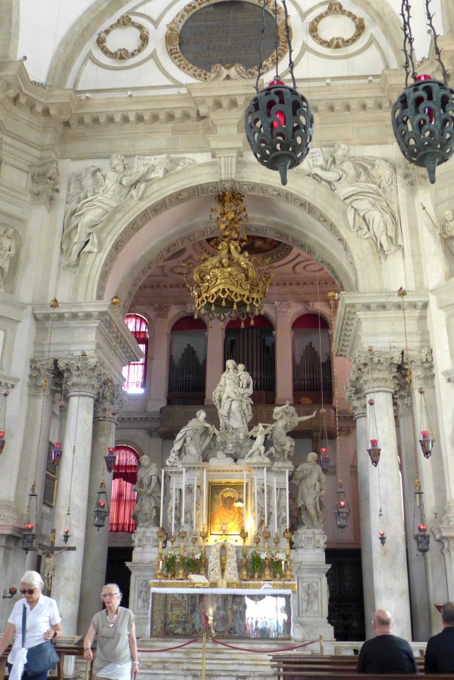 The altar at Santa Maria della Salute